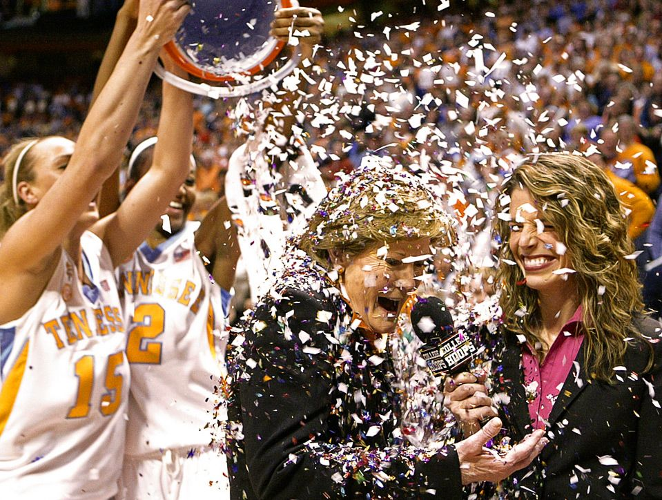 February 10 2009 with images pat summitt lady vols