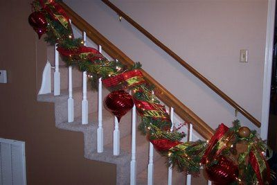 Love the bannister.  I wrap mine around the rail.  This one looks easier.