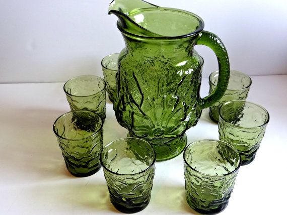 Vintage Anchor Hocking Avocado Green Rain Flower Pitcher and Glasses Set from the 60s by TimelessTreasuresbyM on Etsy.