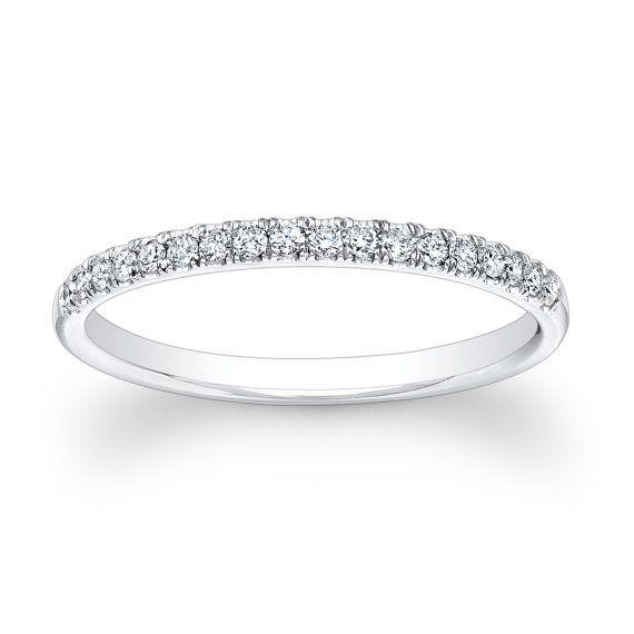 Ladies Platinum Diamond Wedding Band 0 20 Ctw G Vs2 Quality Etsy In 2020 Platinum Diamond Wedding Band Diamond Wedding Bands Thin Diamond Wedding Band