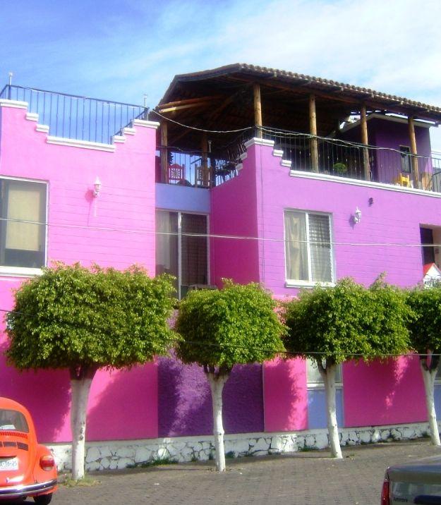 Fallada casas rosadas buscar con google fachadas de for Ver colores de casas pintadas