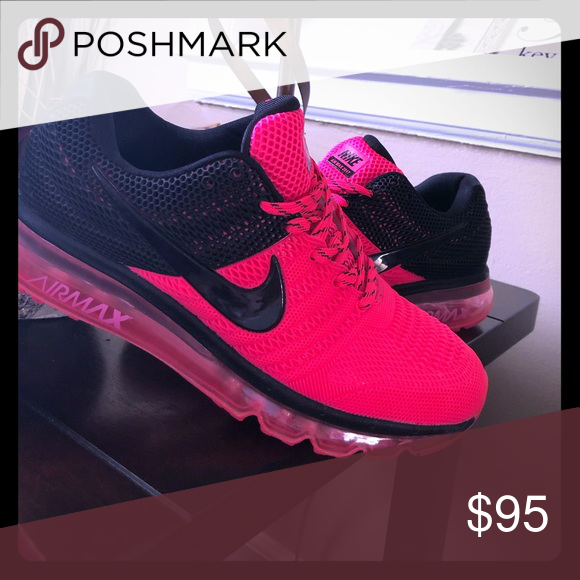 Hot pink and black nike air max women's