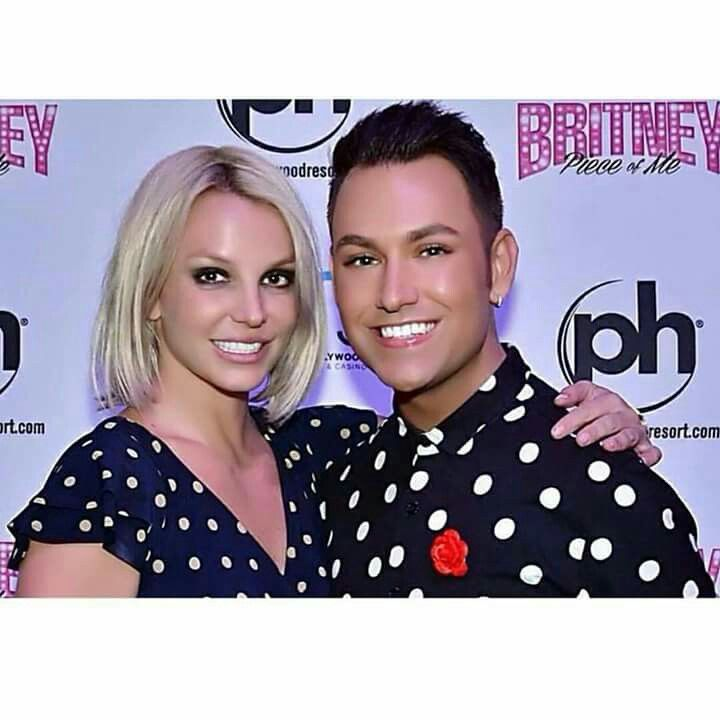 Britney spears meet and greet at piece of me vegas 16 october 2015 britney spears meet and greet at piece of me vegas 16 october 2015 its britney btch pinterest m4hsunfo