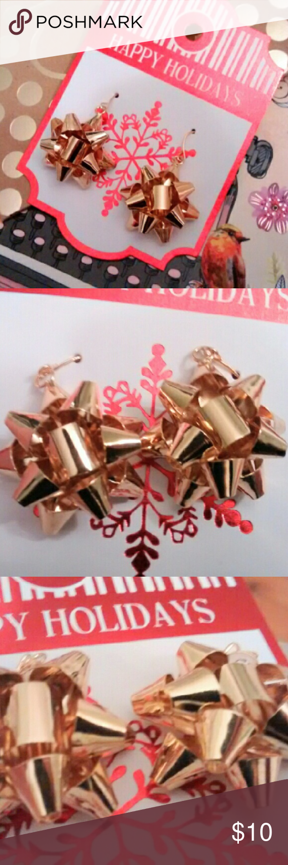 Gold Christmas Bow Dangle Earrings Brand new metal gold tone Christmas bow dangle earrings! Perfect Christmas gift! Ask about gift wrap! Jewelry Earrings