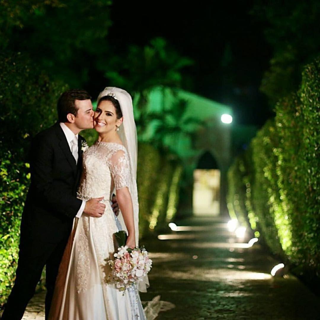 """""""Rodrigo & Mariana se casaram neste fds, na Pupileira. Filmagem @marcellobarroscine  Felicidades aos noivos! ❤️❤️❤️"""""""