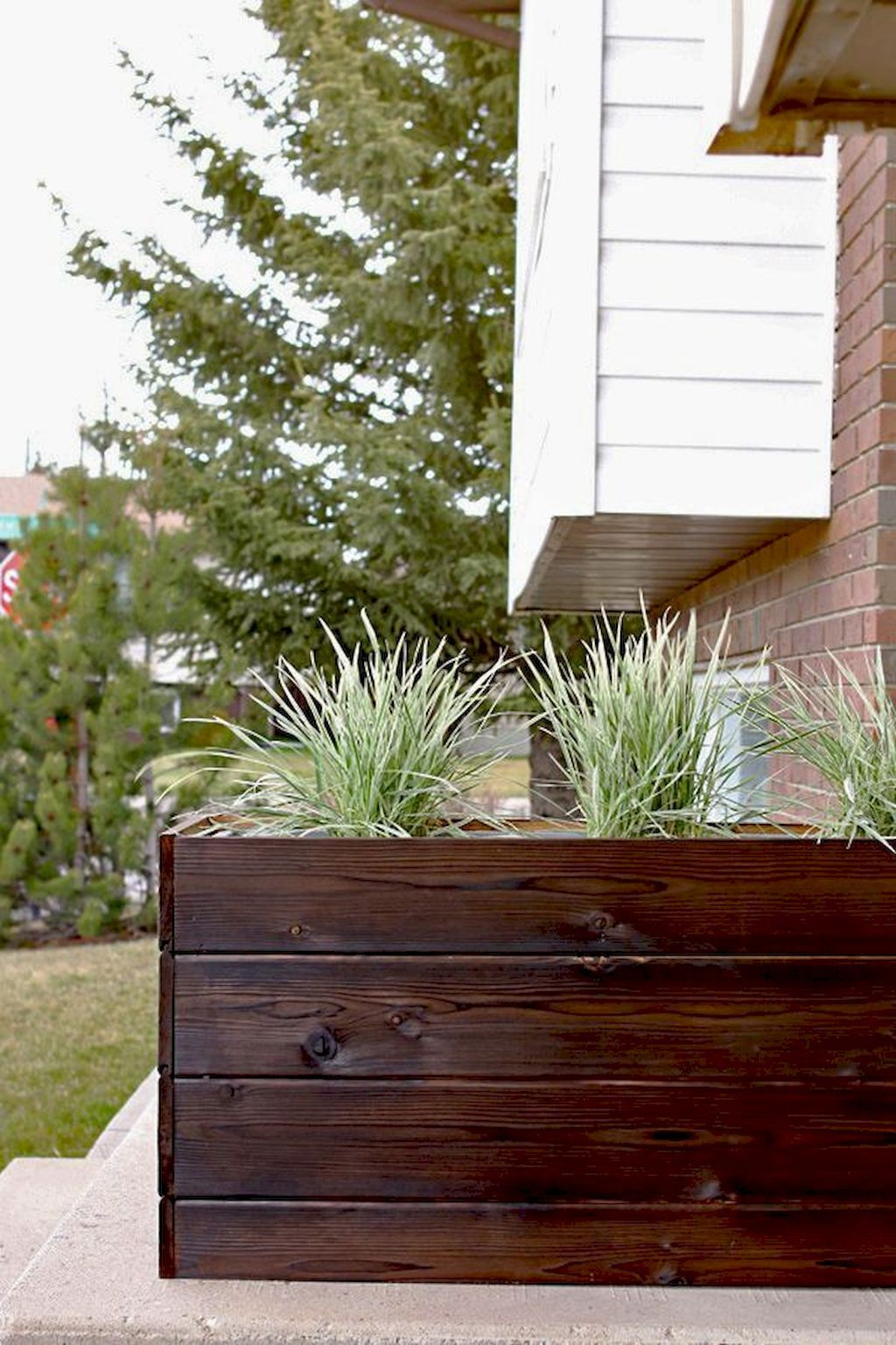 Creative homemade planter boxes from pallets simple diy