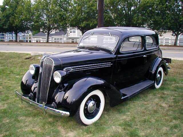 voiture de fuite de gangsters de 1936 plymouth berline 2 portes p2 de luxe voiture ancienne. Black Bedroom Furniture Sets. Home Design Ideas