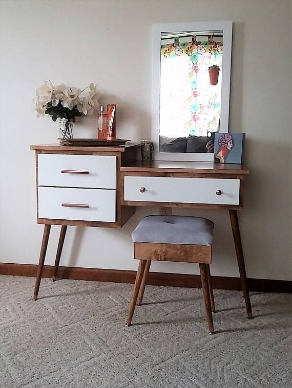Attirant Mid Century Modern Makeup Vanity Table