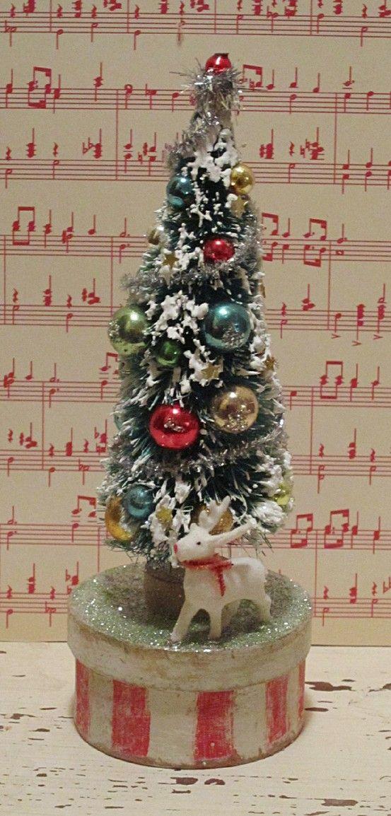 Vintage Bottle Brush Christmas Tree Christmas (1) Pinterest