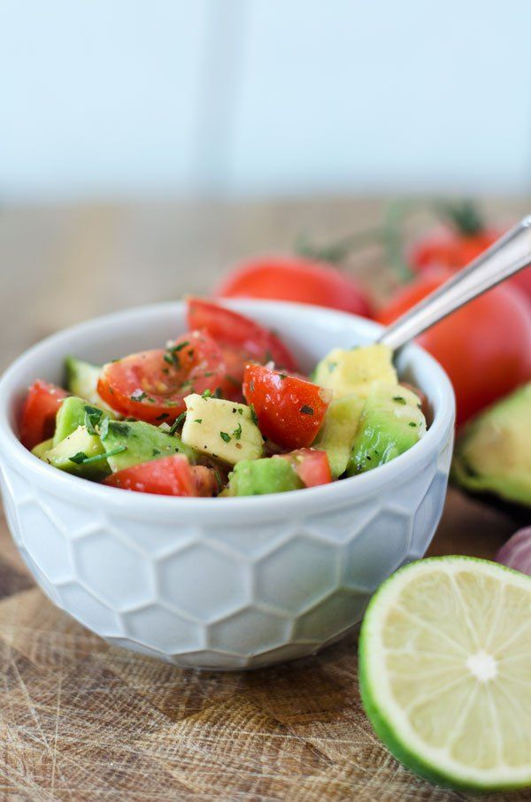 Tomaten avocado salat gesund