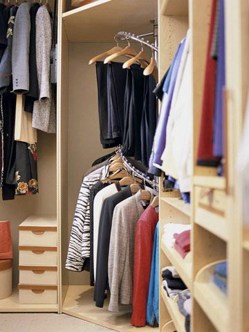 Must Know Storage Tips For Walk In Closets Clothing Rack