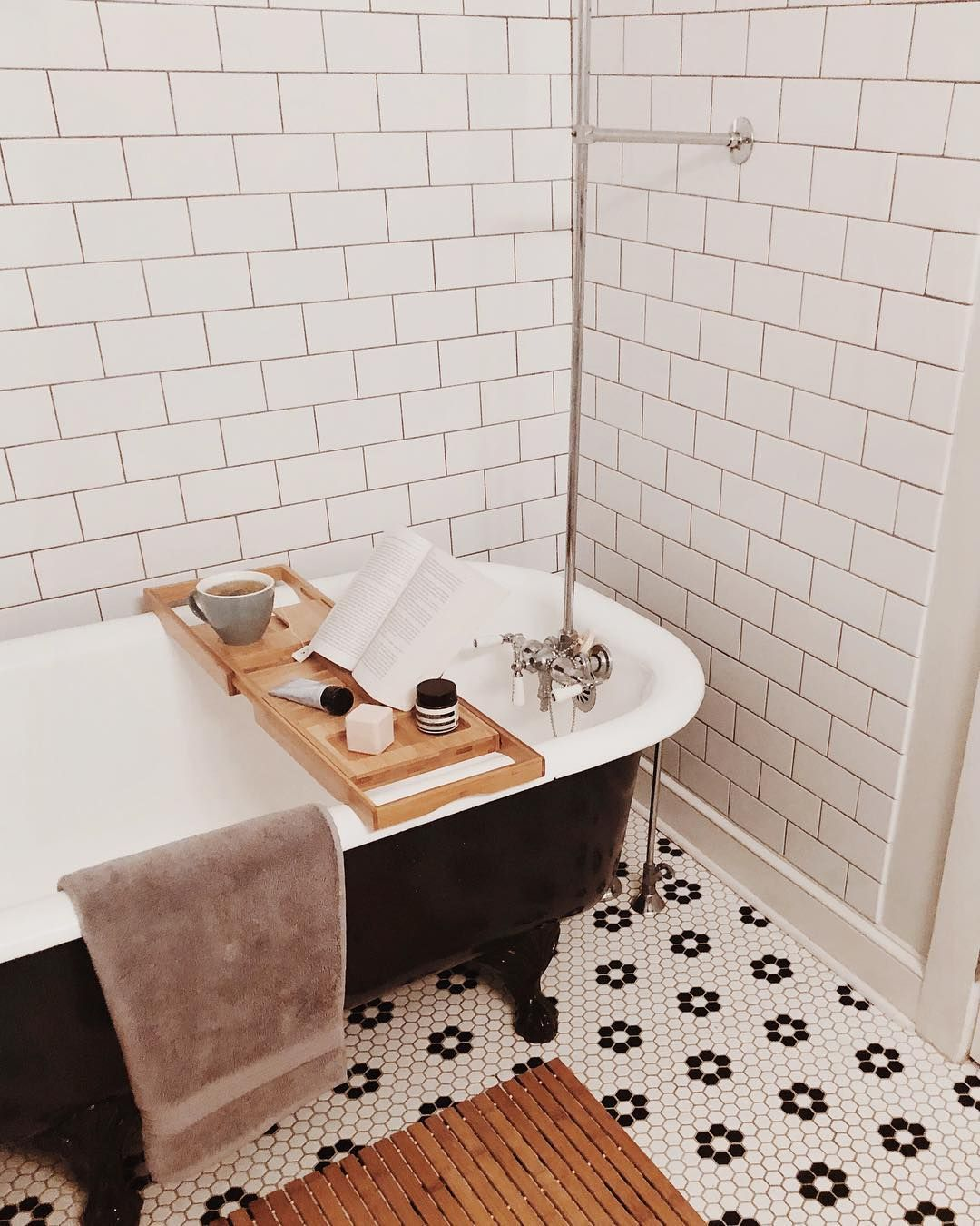 Next Level Bath Set Up Brought To You By @roxwithlox And Our Favorite  Classic Bath Towel. #MyParachuteHome