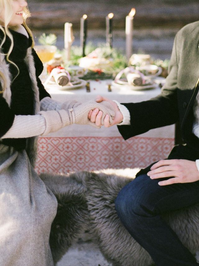 Winter engagement shoot ideas | Olga Plakitina Photography | see more on: http://burnettsboards.com/2014/12/romantic-russian-winter-engagement-editorial/