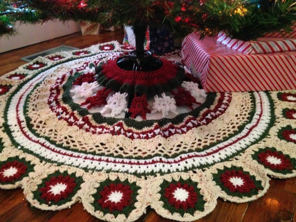 Granny Square Christmas Tree Skirt Craftsy Crochet Granny