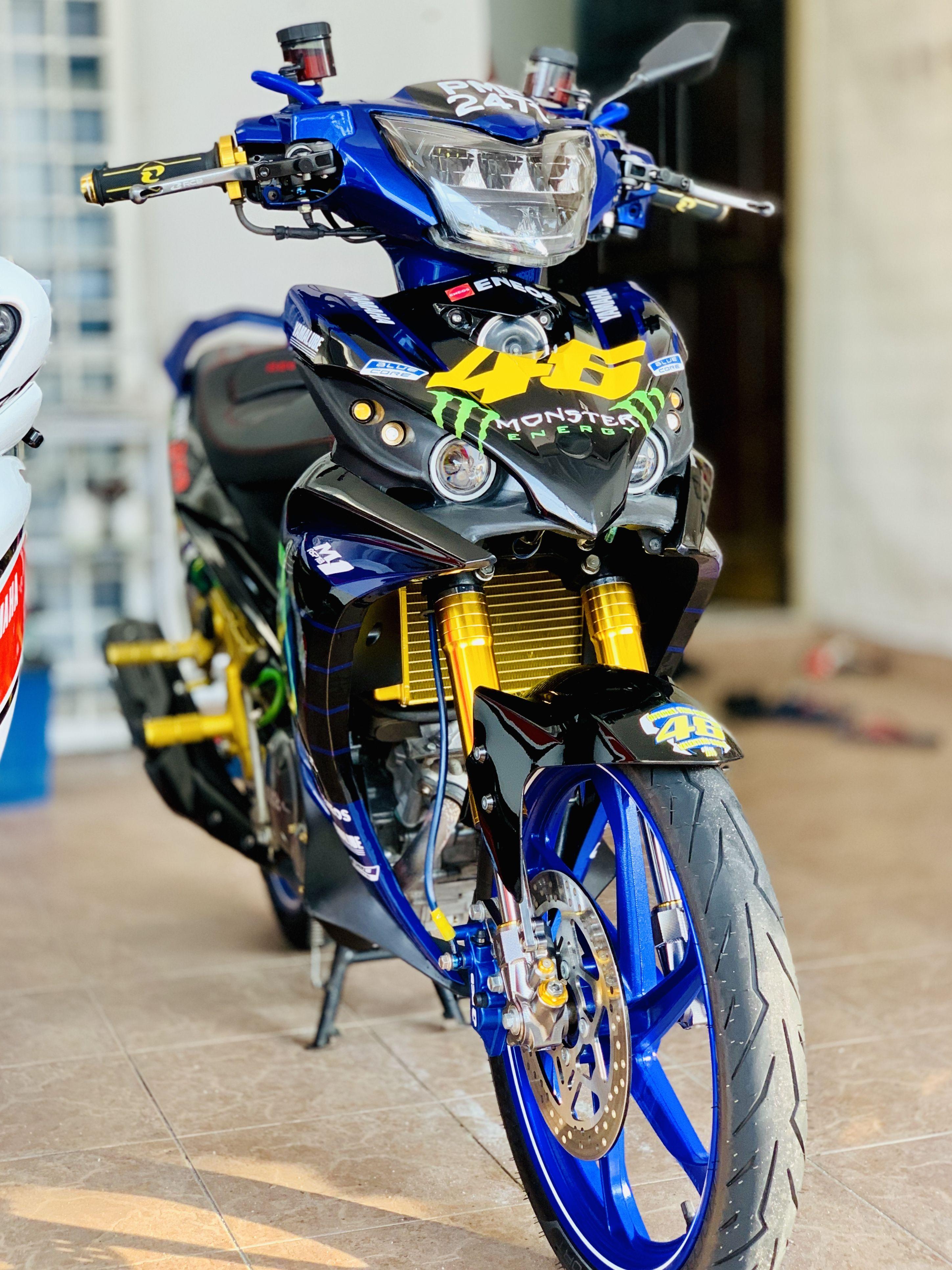 Yamaha Lc135 Motogp 46 Monster Energy Bike Rider Yamaha Motorcycles Motogp