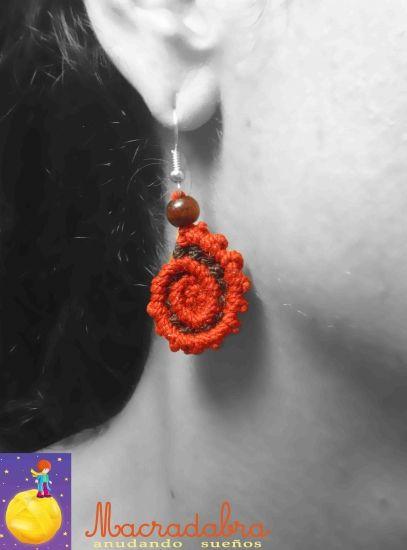 945273535c8f Aretes  Macrame en Espirales Rojos