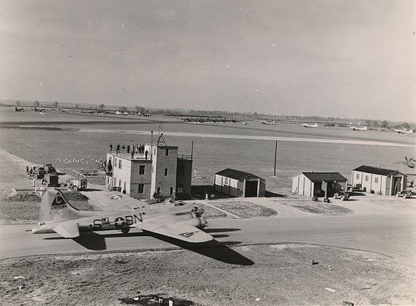 The Raf Molesworth Control Tower In April 1944 On The Taxiway Is
