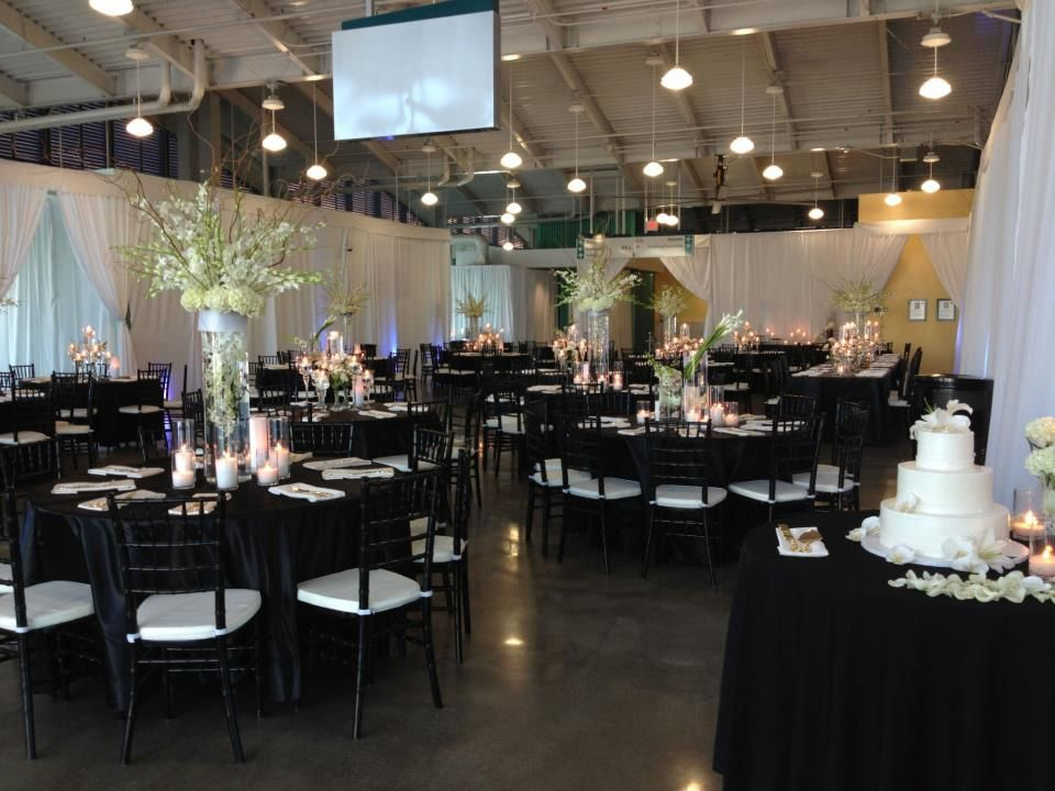 Pin By Port Of San Diego On The Port Pavilion On Broadway Pier White Table Settings San Diego Wedding Venues Wedding