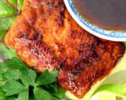 Pan-seared Salmon with a Tangy Thai Sauce