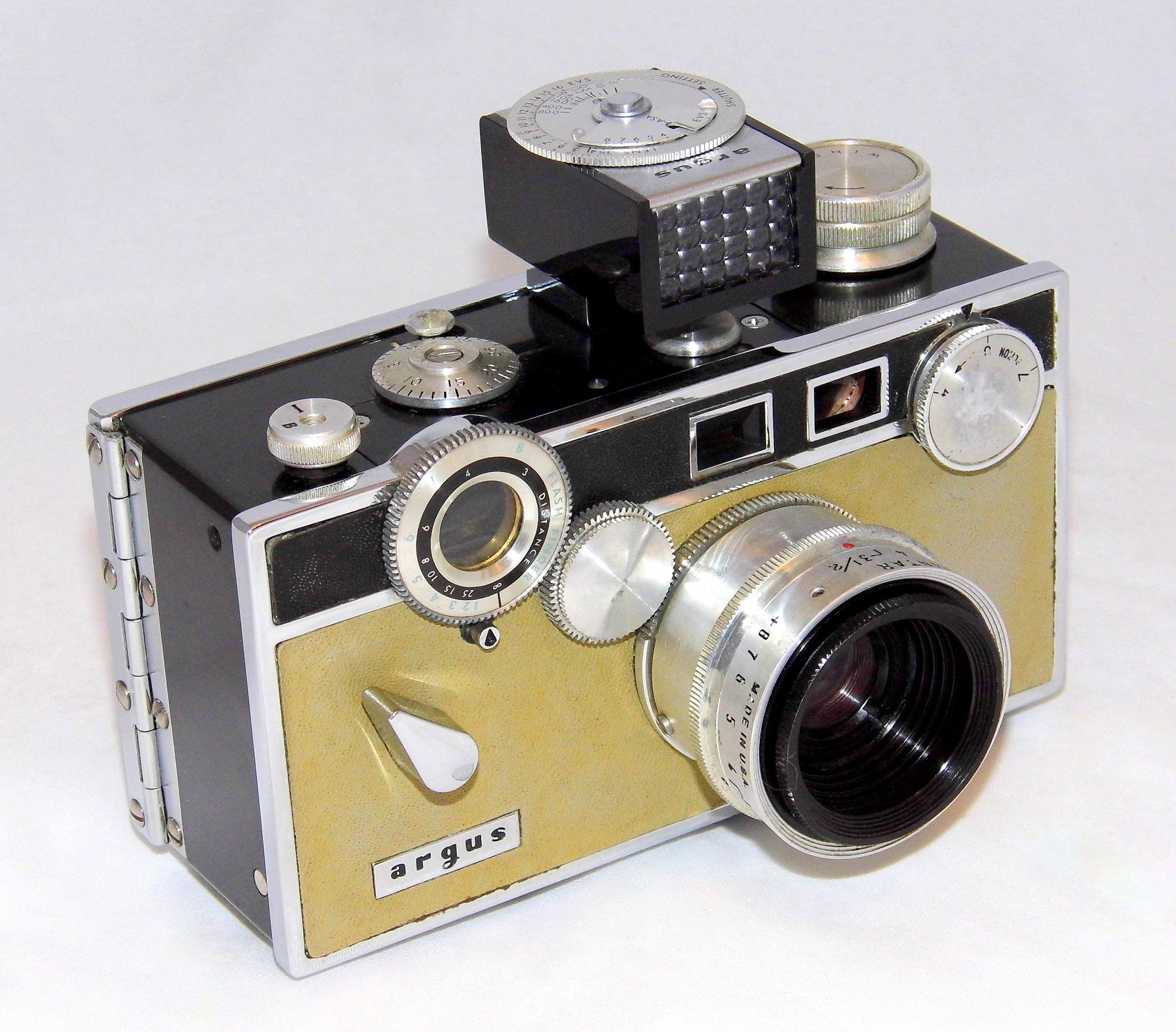 https://flic.kr/p/QYLtRV | Vintage Argus C3 Matchmatic 35mm Rangefinder Camera, With Attached Argus LC-3 Light Meter, Camera Known As The Brick, Light Meter Made In Japan, Camera Made In USA, Produced From 1958 To 1966