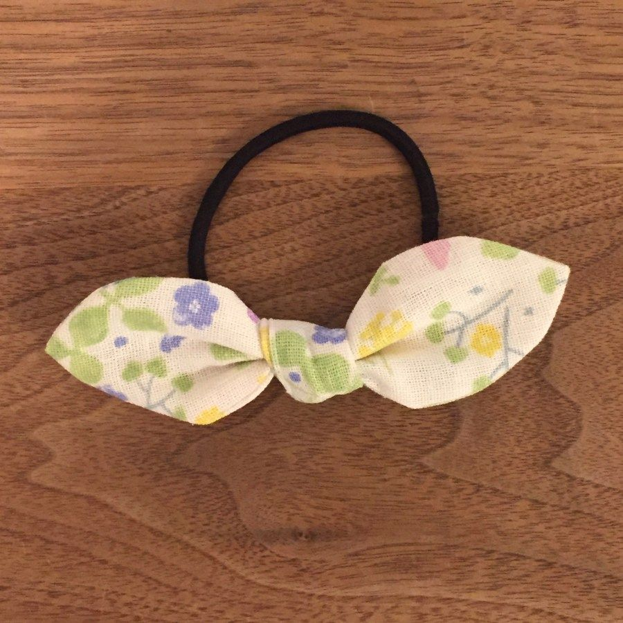リボンヘアゴムの簡単な作り方 無料型紙あり ハンドメイドで楽しく子育て Handmadeby Cue ハンドメイド ヘアピン ハンドメイド ヘアゴム 作り方 手作り ヘアアクセサリー