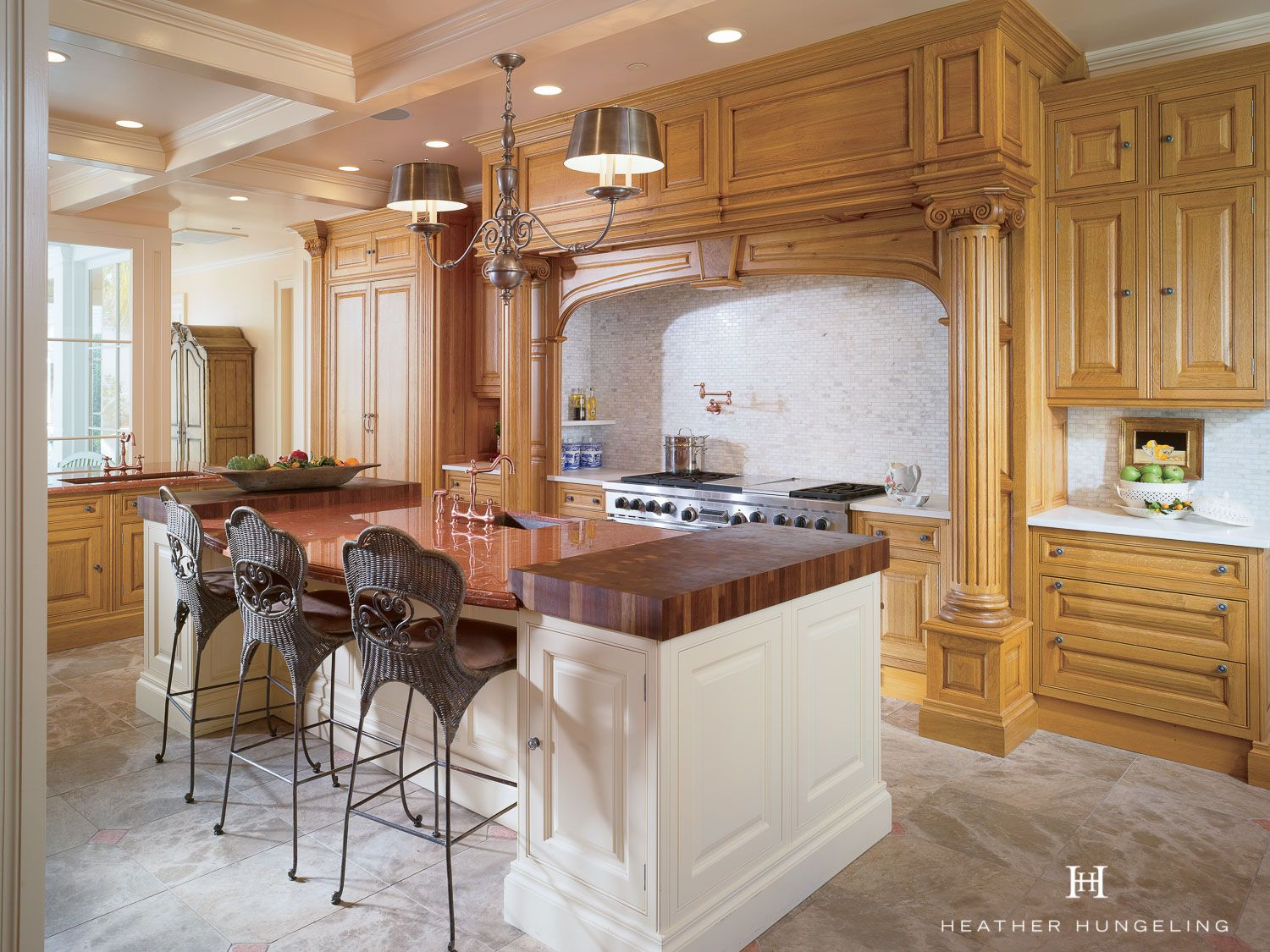 How To Make The Most Of A Long Kitchen Heather Hungeling Design Classic Kitchen Design Kitchen Inspiration Design Luxury Kitchen