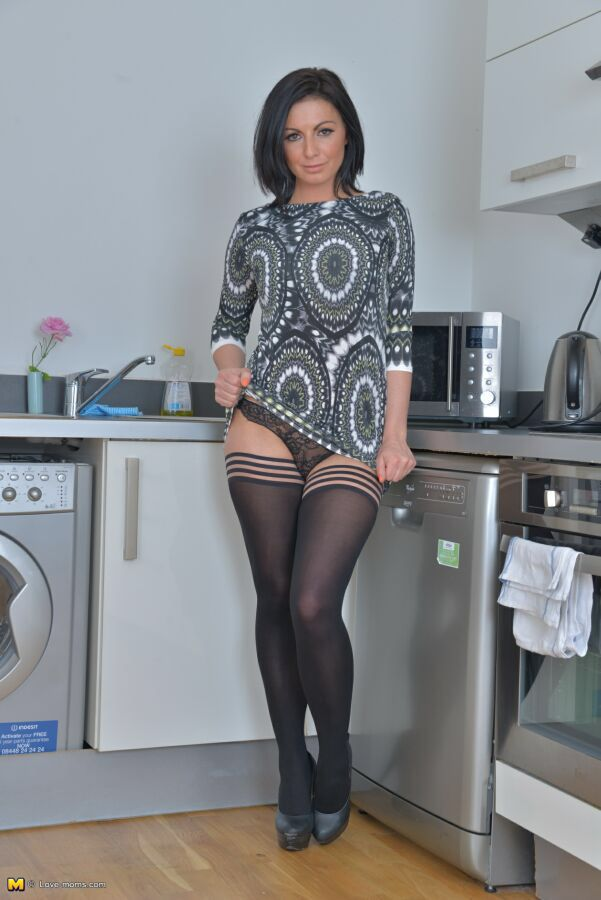 legs upskirt and omas X showing