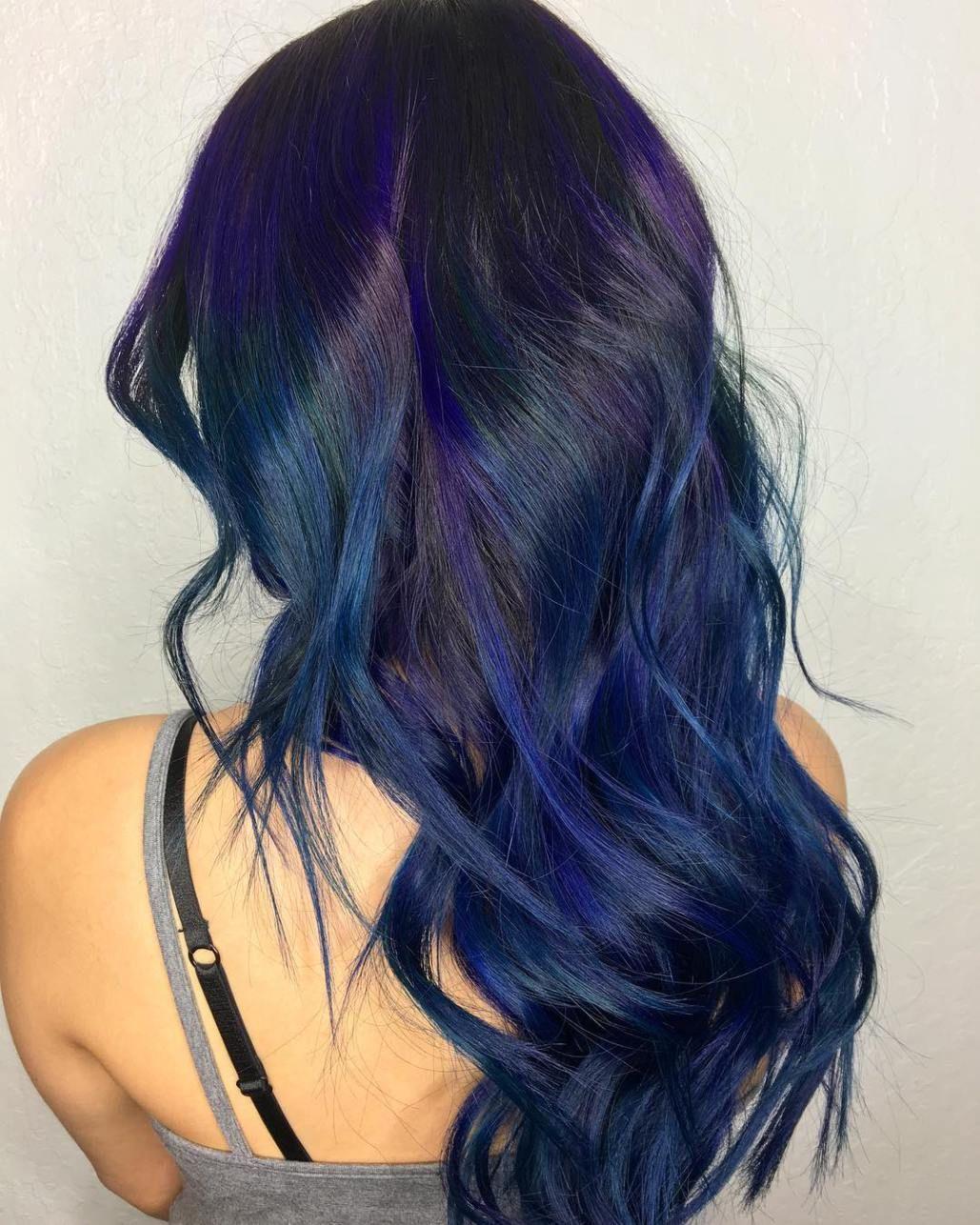 20 Dark Blue Hairstyles That Will Brighten Up Your Look Black Hair With Highlights Dark Blue Hair Blue Hair