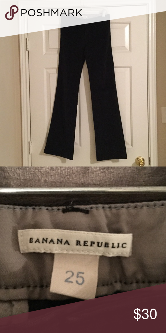 Banana Republic navy work pants Navy valor mater work pants. Very comfortable and great for work. Size 25. No trades. Banana Republic Pants Boot Cut & Flare