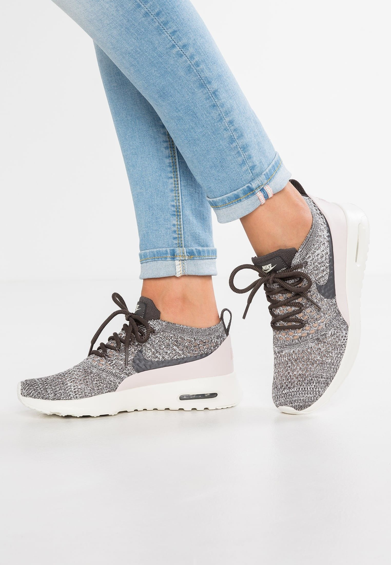 7a6437f42367f Pin by Kelley R. Brownlow on Nike Sneakers Black Friday Sale ...