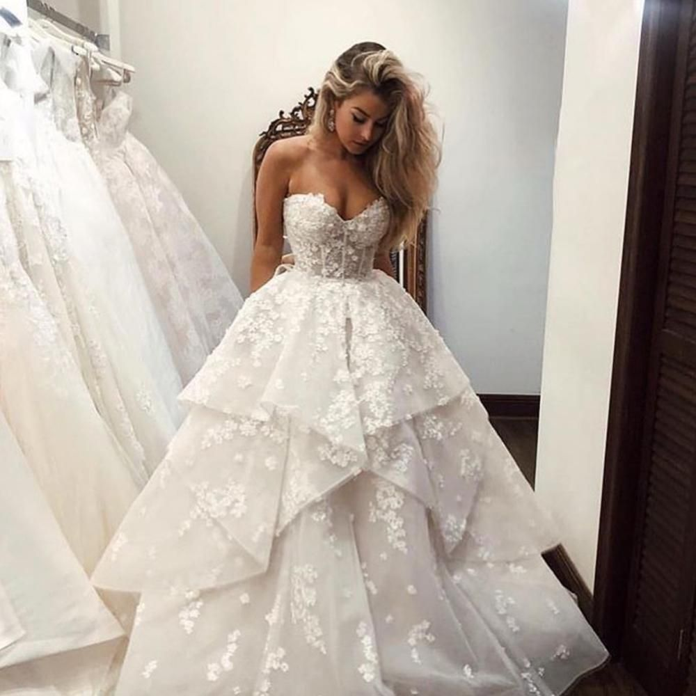 Ball Gown Wedding Dresses 2020 Sweetheart Neckline Lace Appliques Flowers Floor Length Bridal Dresses Ball Gowns Wedding Ball Gown Wedding Dress Bridal Dresses [ 1000 x 1000 Pixel ]