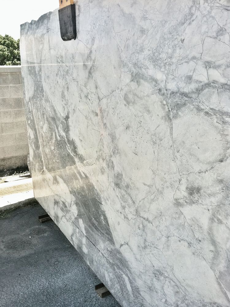Best Super White Granite Replacing Kitchen Countertops 400 x 300