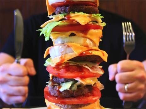 """Alternativa Online > Notícias > Comunidade > Aichi: restaurante brasileiro dará ¥20 mil para quem comer """"mega lanche"""""""