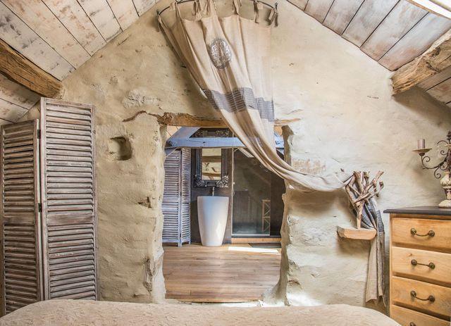 Chambres d\'hôtes : 10 salles de bains originales   Barn renovation ...