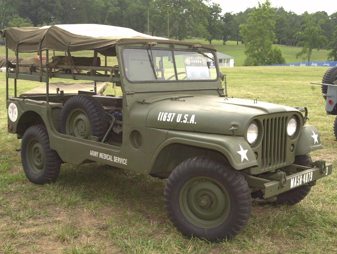 Jeep army medical service m a s h ambulance