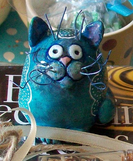 clay moulded, painted cat ornament - by Shroo