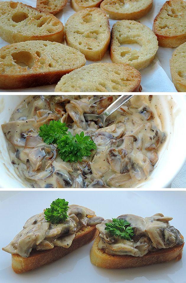 Sprøde stykker brød toppet med en lækker cremet svampesauce og et drys persille. Mums!