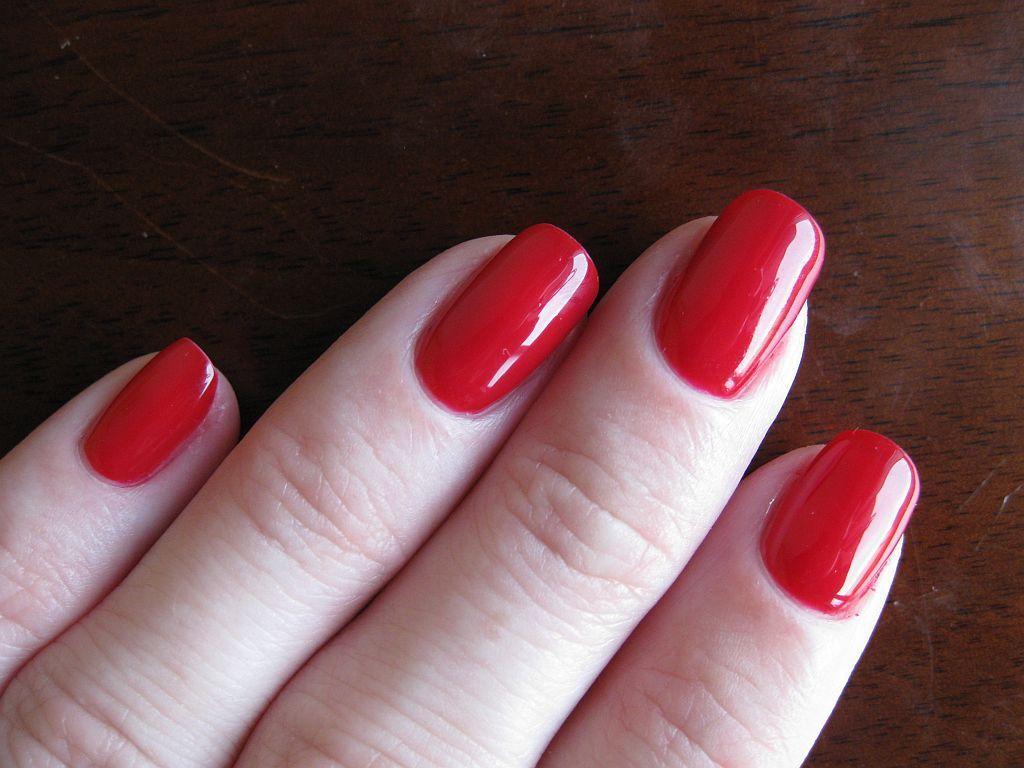 Gelish Red Roses Gel Nail Colors Nail Colors Gel Polish Colors