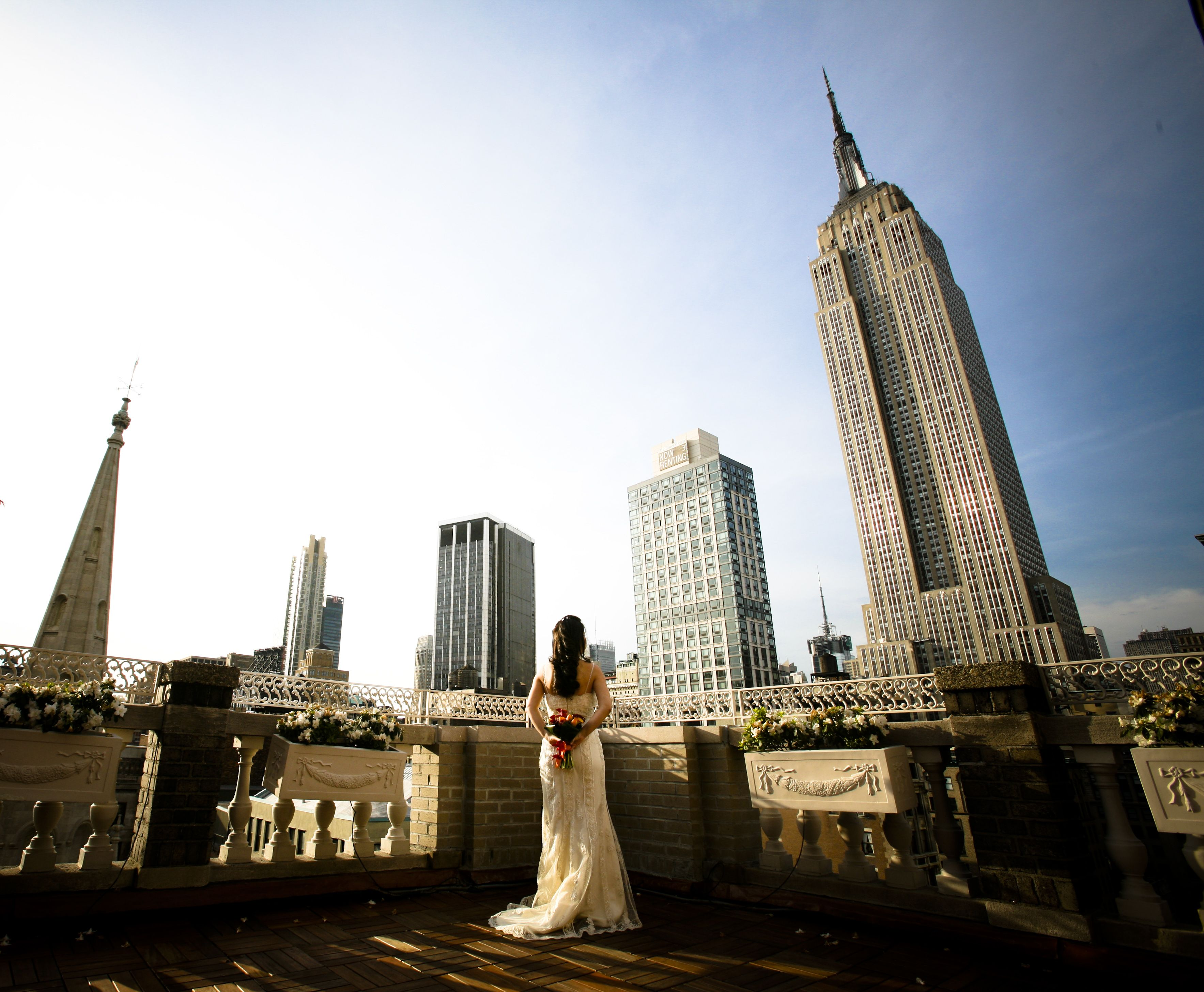 Rooftop wedding venues in nyc - View Of The Empire State Building From The Midtown Loft Terrace Venue In Nyc Rooftop Weddingevent