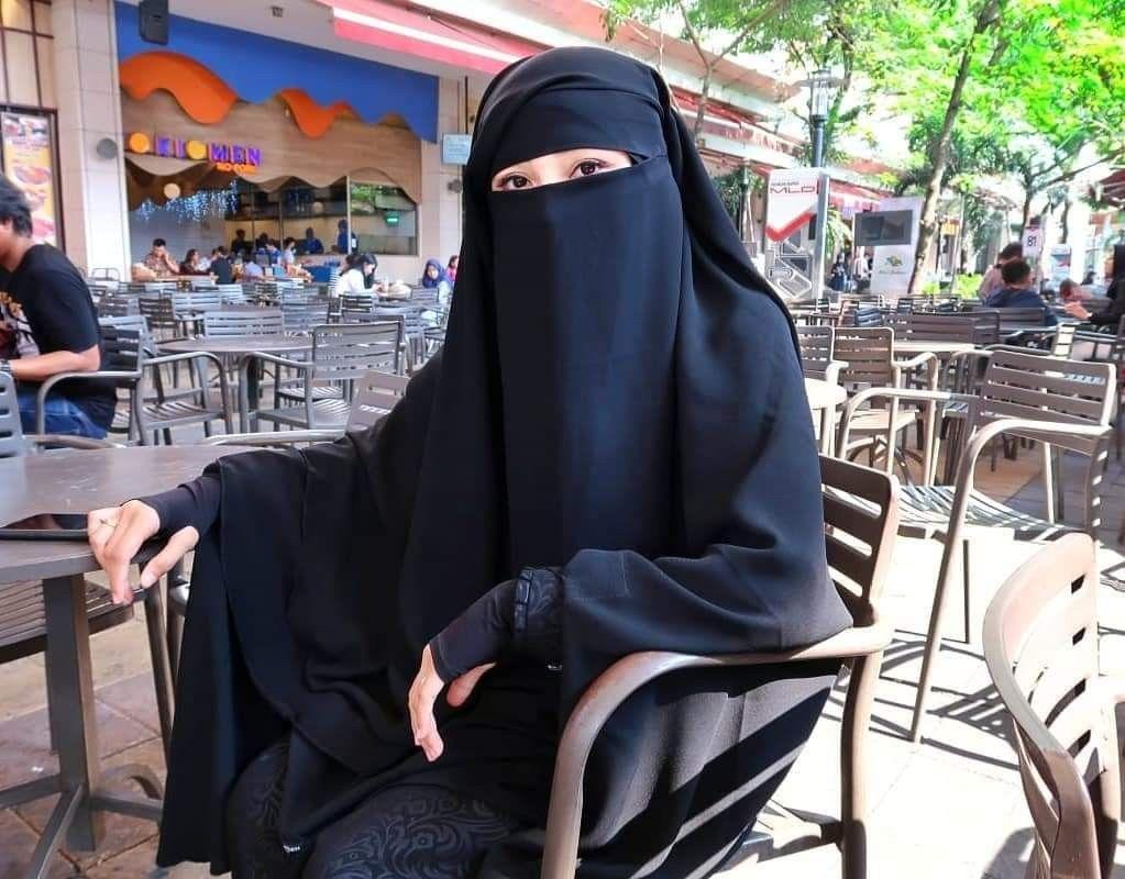 Pin oleh Yuls di niqabi Wanita, Instagram, Hidup