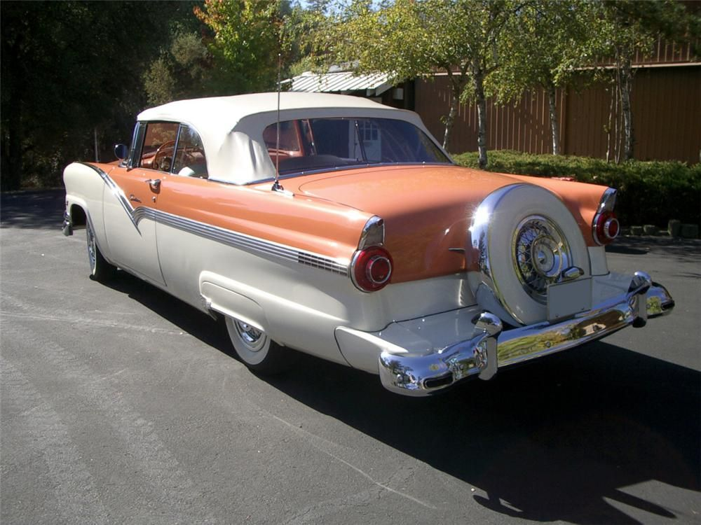 1956 FORD SUNLINER CONVERTIBLE