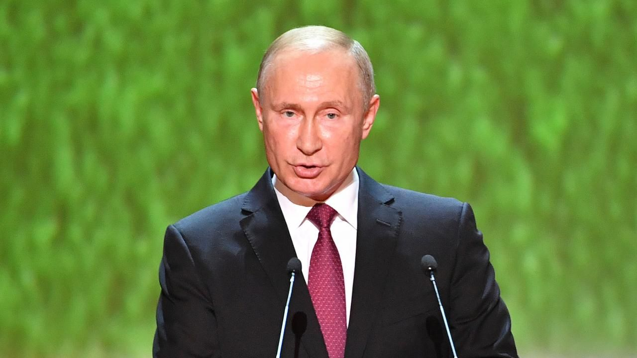 FOX NEWS Putin's approval rating falls around 15 points