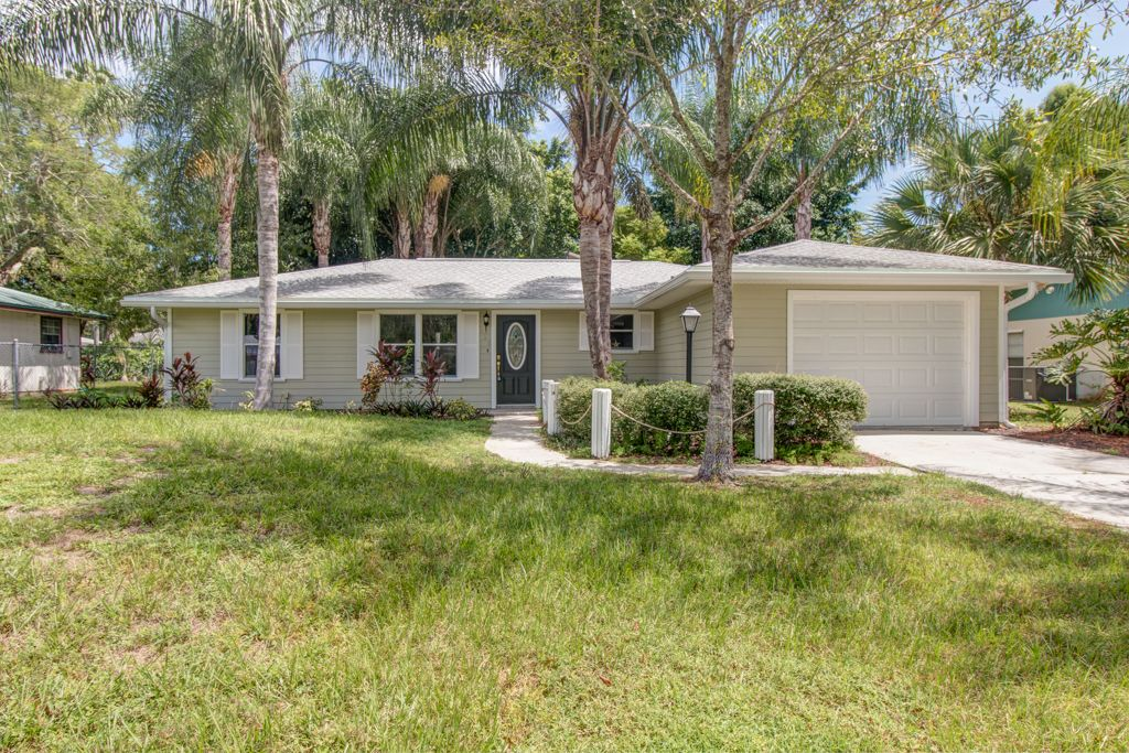 Tropical Like Setting Makes This Cute & Cozy 2/2/1 Pool Home The Perfect Home For You, Recently Updated Makes It Move In Ready, Grab Your Pool Toys & Towels & Let's Have A Pool Party. Brand New Kitchen, Recently Painted Inside & Out. Close To Schools and Shopping