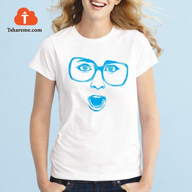ارسم تصميمك علي التيشيرت وابتدع مظهرك الخاص برفع التصميم علي موقعنا ويتم توصيل التيشيرت إلي بيتك Sketch Your Own Design On Clothes Design Women Fangirl Shirts