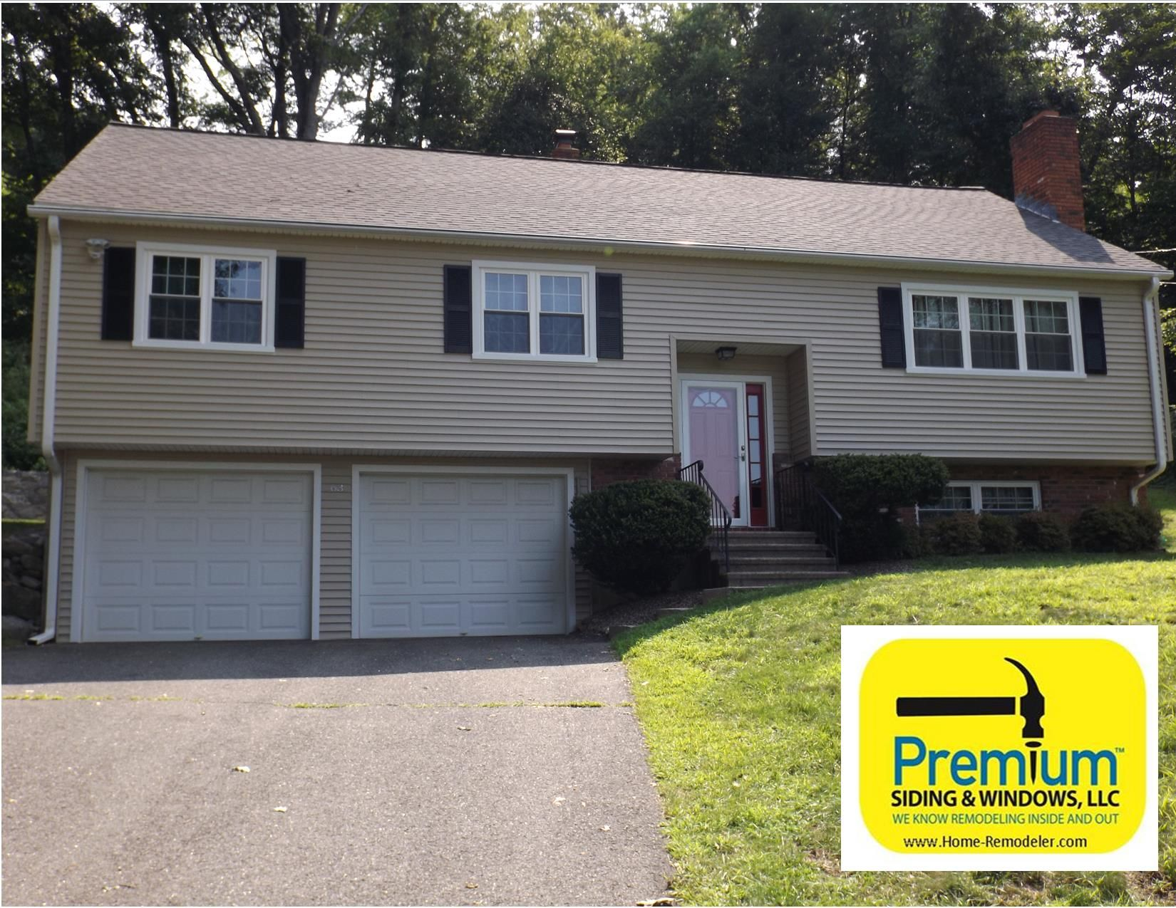 After picture of raised ranch in southbury ct for Vinyl siding ideas for ranch style