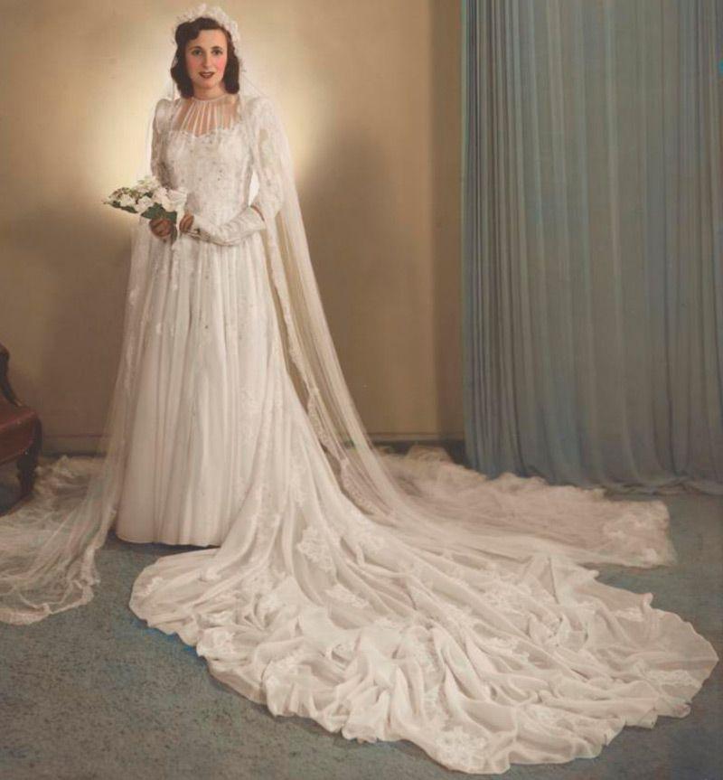34681fc903d Мобильный LiveInternet Свадебные платья 1940 годов в раскрашенных  фотографиях