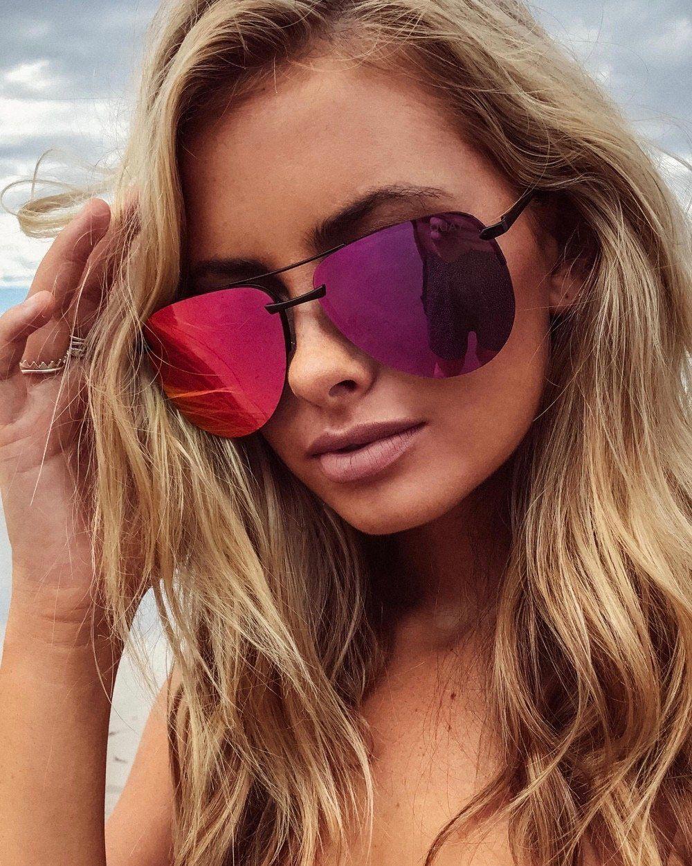 3cbb8ccbe8 Quay australia - the playa 64mm aviator sunglasses - black pink ...