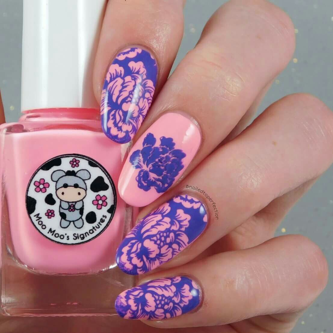 This is one of my favourite manis that I created with the Uber Chic collection 9 plates. These images are from plate 9-02 and I just love them! They are so pretty and eye catching. They remind me of flowery wallpaper. ~Bethany Whitfield from facebook~