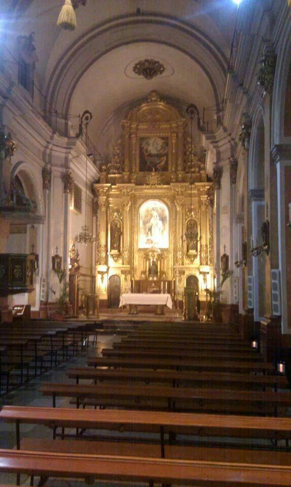 Iglesia de Campanar. Preciosa.