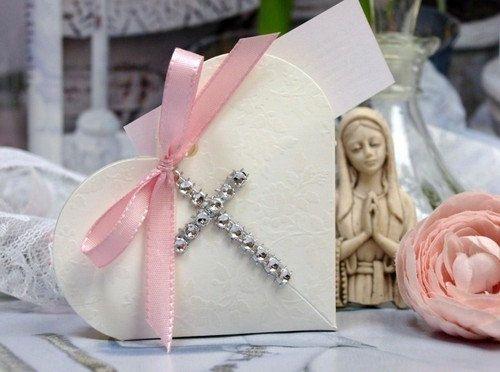 Ga52/25 25 Communion Favor HeartShaped Cardboard by HOMEANDTREND, $69.99